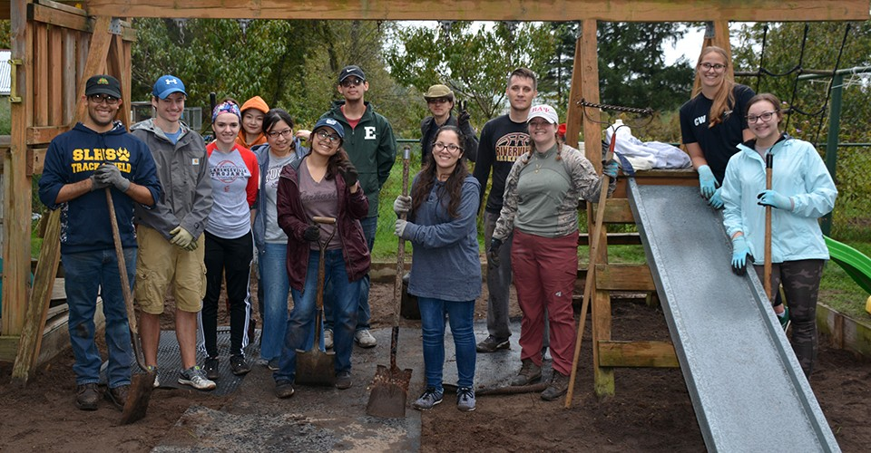 Members of Beta Alpha Psi help with a community project